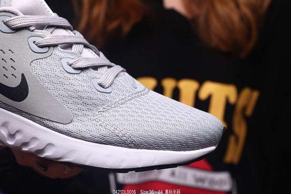 Nike Epic React Flyknit 2019新款 瑞亞三代網面透氣情侶款休閒慢跑鞋 帶半碼