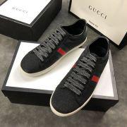 gucci鞋 古馳2018新款休閒鞋 190牛皮時尚情侶鞋 黑色