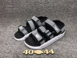 adidas愛迪達 2017沙灘涼鞋系列 三葉草超輕便時尚男鞋 黑白色